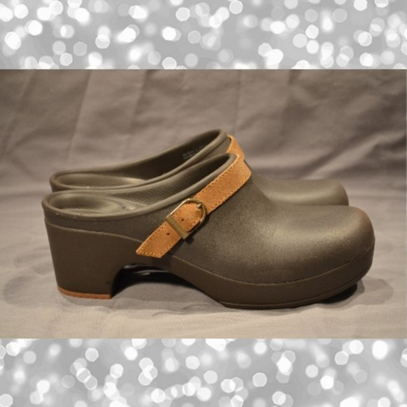 58076a284ae CROCS Shoes | Dual Comfort Womens 8 Slip On Heeled Clogs | Poshmark